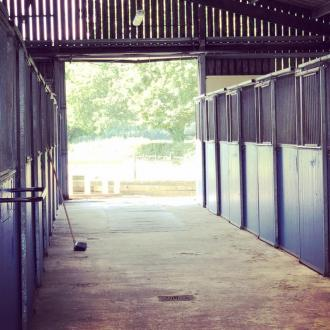 OVERNIGHT  STABLES WITH EASY ACCESS & SAFE, SECURE LOCATION